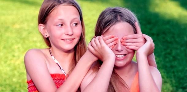 5 Дитячих ігор з зав'язаними очима