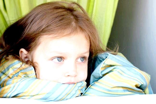 Аутизм у хлопчиків і дівчаток проявляється по-різному фото