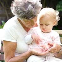 Бабуся: союзник чи ворог?