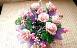 Бісероплетіння квіти троянди. Покроковий майстер-клас і фото