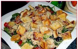 Цезар з куркою. Рецепт смачного салату