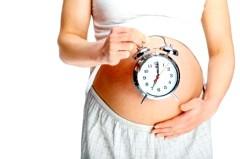 Чим небезпечне переношування вагітності фото