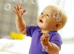 Чим зайняти дитину в 1-2 роки