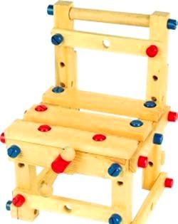 Дерев'яні іграшки для дитини