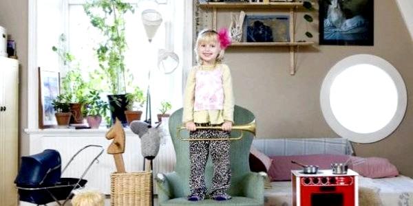 Діти з різних країн світу та їх іграшки (ФОТО)