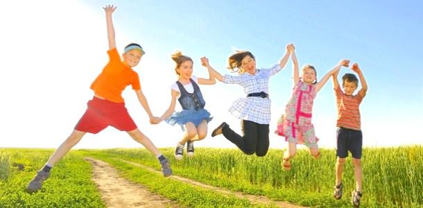 Дитячі ігри на свіжому повітрі, родом з нашого дитинства