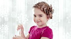 Дитячі випускні зачіски для дівчаток