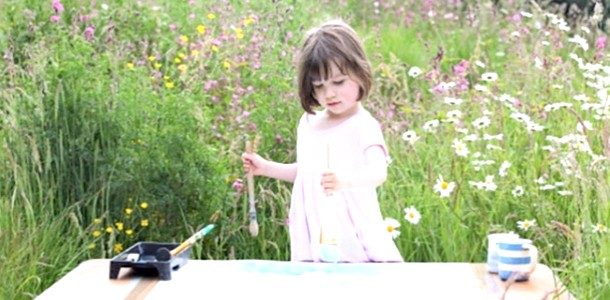 Дівчинка-аутист створює твори мистецтва (ФОТО)