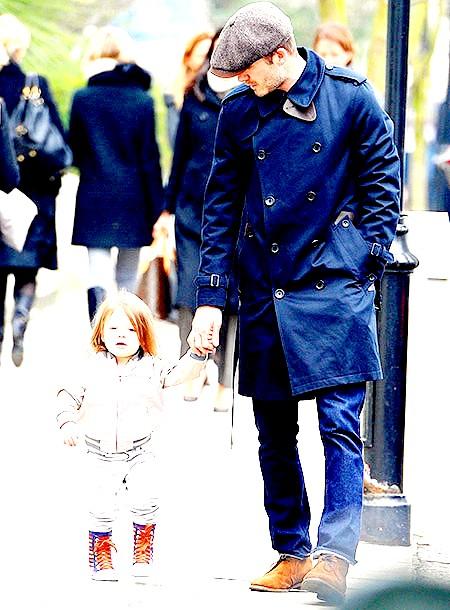 Девід Духовни прогулявся з сином по Малібу (ФОТО) фото