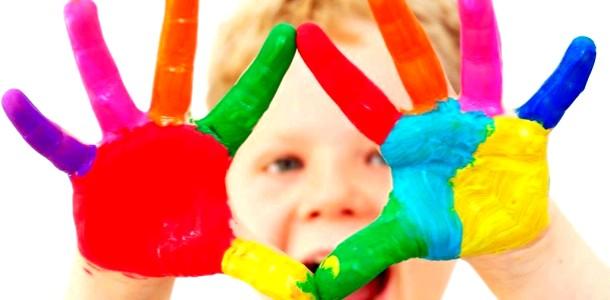 Дозвілля з дитиною: незвичайні картини долоньками фото