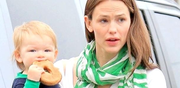 Дженніфер Гарнер вагітна чотирьом дитиною (ФОТО) фото