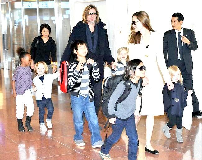 Джонні Депп і Ембер Херд з дітьми відвідали Токіо (ФОТО)