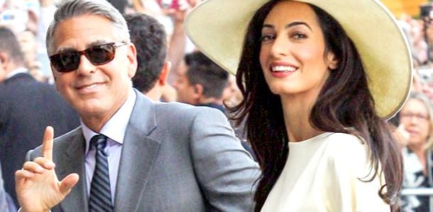 Джордж і Амаль Клуні планують усиновити дитину фото