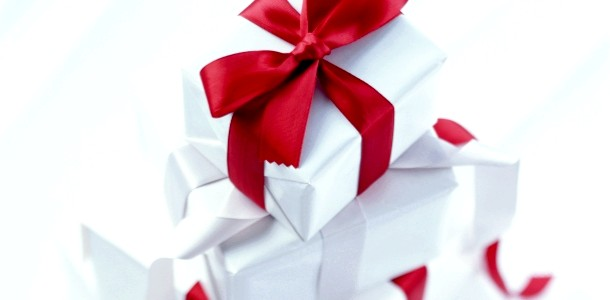 Є ідея! Як швидко і просто упакувати подарунки (ВІДЕО) фото