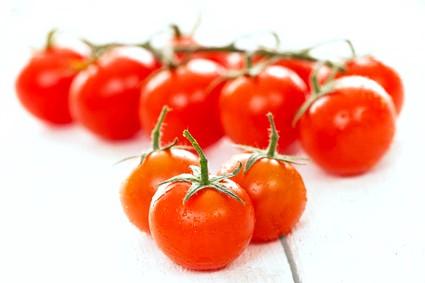 Фаршировані помідори черрі