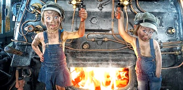 ФОТОпозітів: шедеври фотошопа від творчого тата трьох дівчаток фото