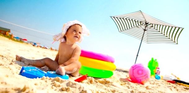 Де відпочити з дитиною в жовтні: пляжні варіанти фото