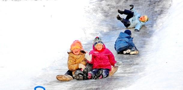 Ожеледь: як уникнути травм у дітей