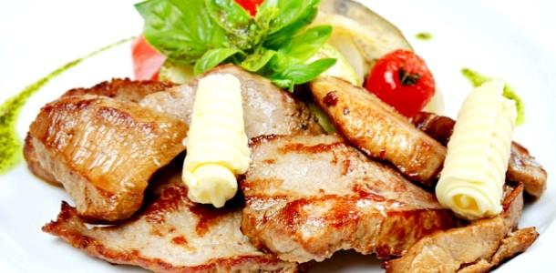Готуємо ніжне м'ясо по-віденськи