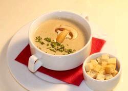 Грибний суп-пюре на курячому бульйоні. Рецепт з покроковими фото