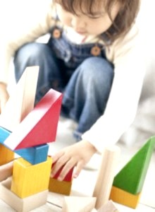 Іграшки для малюка трьох років