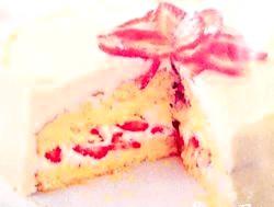 Як спекти торт зі збитими вершками? фото