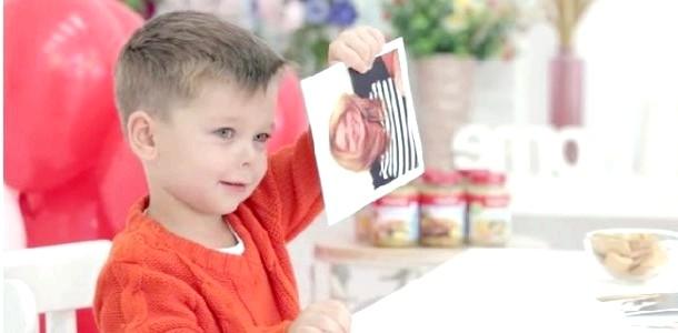 Як малюки вибирали королеву краси (зворушливе відео) фото