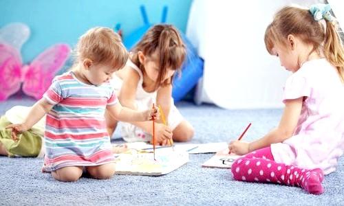 Як навчити дитину дружити: поради батькам дитсадку