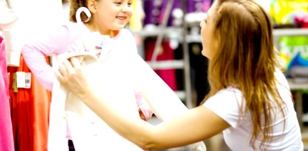 Як навчити дитину самостійно одягатися: поради батькам