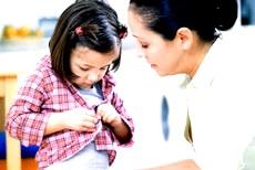 Як допомогти дитині навчитися одягатися самостійно