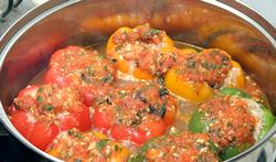Як приготувати перець фарширований м'ясом та рисом, рецепт фаршированого перцю з фото