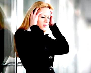 Як стреси впливають на жіноче здоров'я? фото
