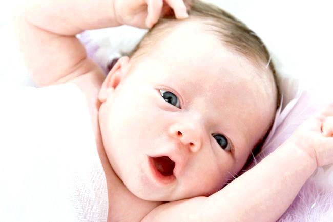 Як доглядати за шкірою живота і стегон під час вагітності