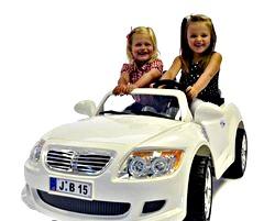 Як вибрати дитячий електромобіль?