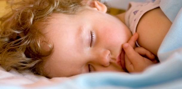 Клуб зіркових матусь: дитячий сон