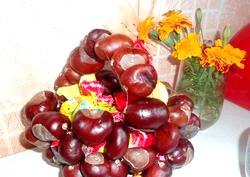 Красиві вироби з кленового листя