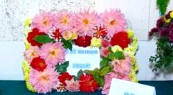 Красиві вироби з живих квітів