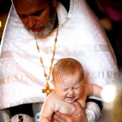 Хрещення дитини - що потрібно знати?