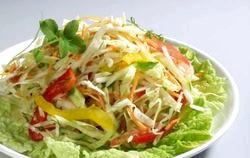 Легкі літні салати. Дари літа фото