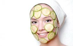 Кращі огіркові маски для обличчя