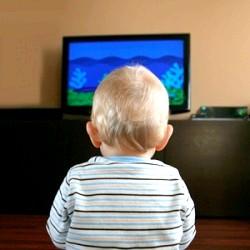 Малюки і перегляд TV: 5 порад для батьків