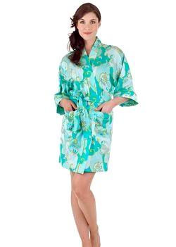Модні жіночі халати 2012