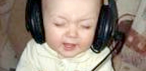 Музичні діти краще навчаються
