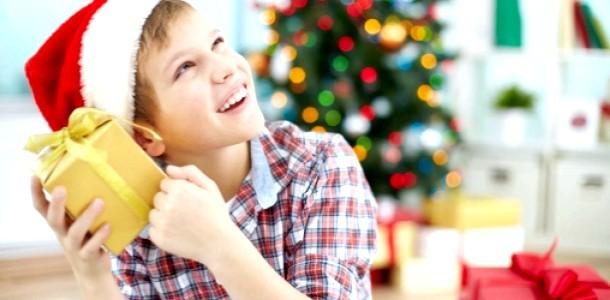Новий Рік 2015 подарунки дітям: чим порадувати підлітка