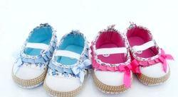 Взуття для дітей до року