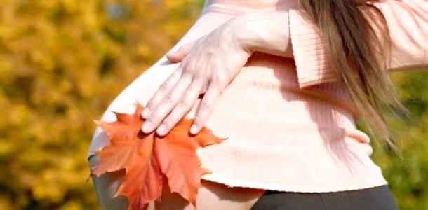 Огляд осіннього одягу для вагітних фото
