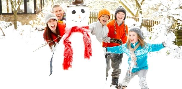 Перший сніг: ліпимо альтернативу сніговикові (ФОТО)