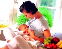 Харчування годуючої матері фото