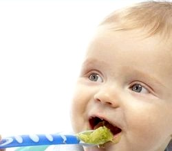 Харчування дитини в 8 місяців