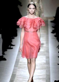 Сукні на випускний 2011: ідеї дизайнерів